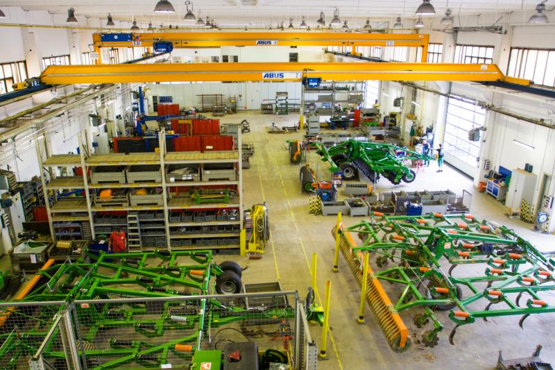 Besichtigung der Betriebsstätten bei einer Werksführung bei BBG Bodenbearbeitungsgeräte Leipzig GmbH & Co. KG