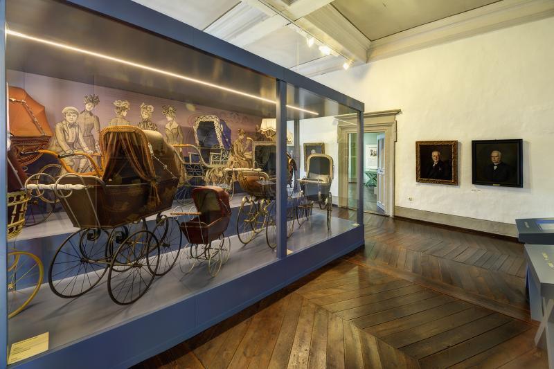 Ausstellung im Deutschen Kinderwagenmuseum, 11.08., 10.00-18.00 Uhr