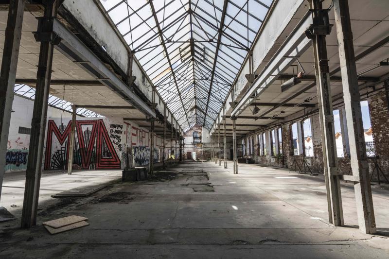 Führung über das Gelände der Glasfabrik