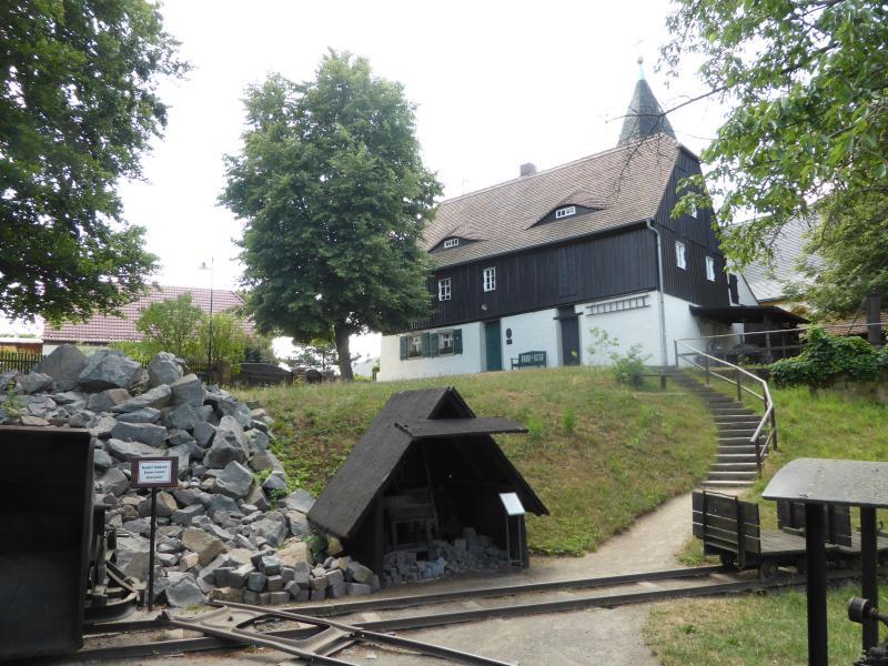 Besichtigung des Museums Steinarbeiterhaus Hohburg