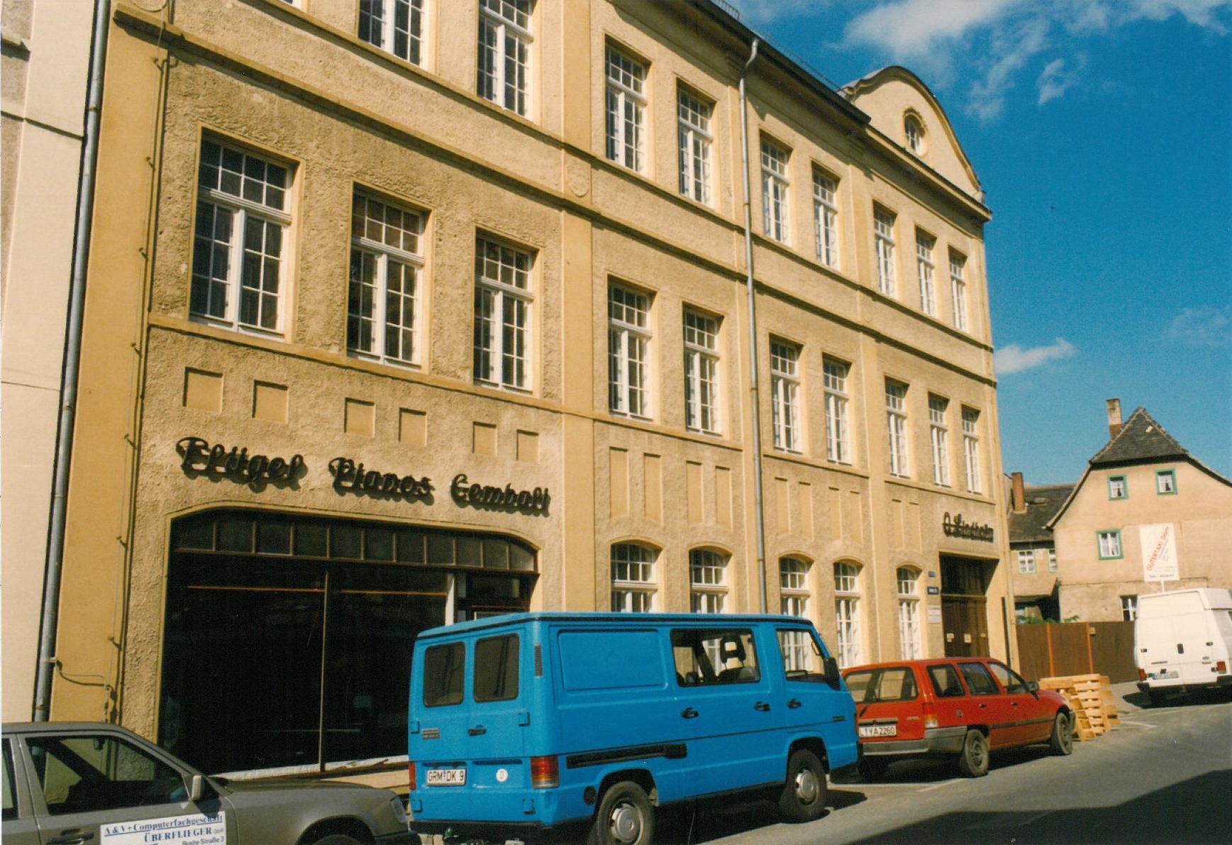 Sonderausstellung und Stadtführung »125 Jahre Harmoniumfabrik Olof Lindholm«