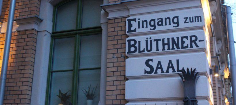 """""""Von Blüthner bis Irmler"""": Stadtspaziergang zu ehemaligen Standorten namhafter Klavierbauer"""