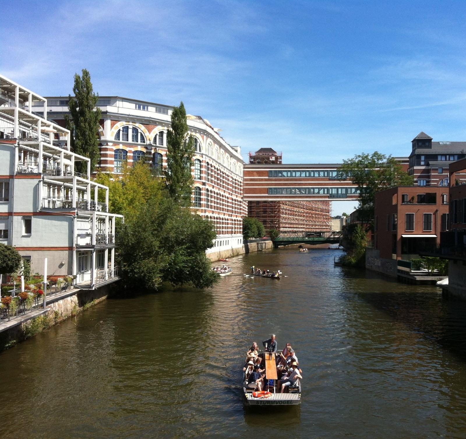 »Vom Bauerndorf zum post-industriellen Szeneviertel« Stadtteilführung per Rad zur Entwicklung von Plagwitz