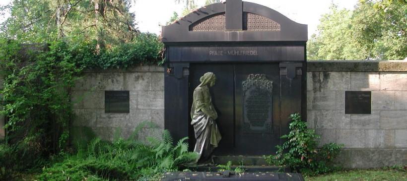 Führung durch den Friedhofsmeister Herrn Süß über den Plagwitzer Friedhof zum Friedhofstag