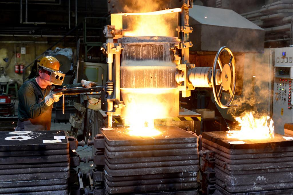 Unternehmensrundgänge während des Produktionsprozesses in der Gießerei Keßler & Co