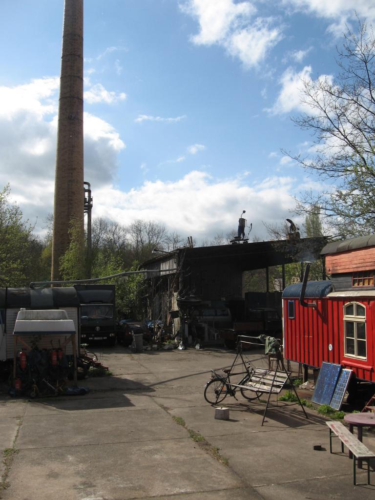 Gesprächs- und Informationsangebot – Wagenplatz focke80