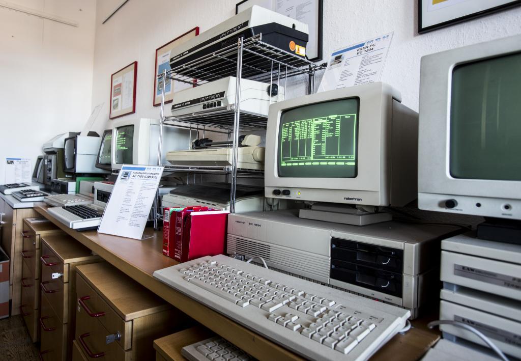 Ausstellung sowie geführter Museumsrundgang und Live-Demonstration verschiedener Geräte und Exponate