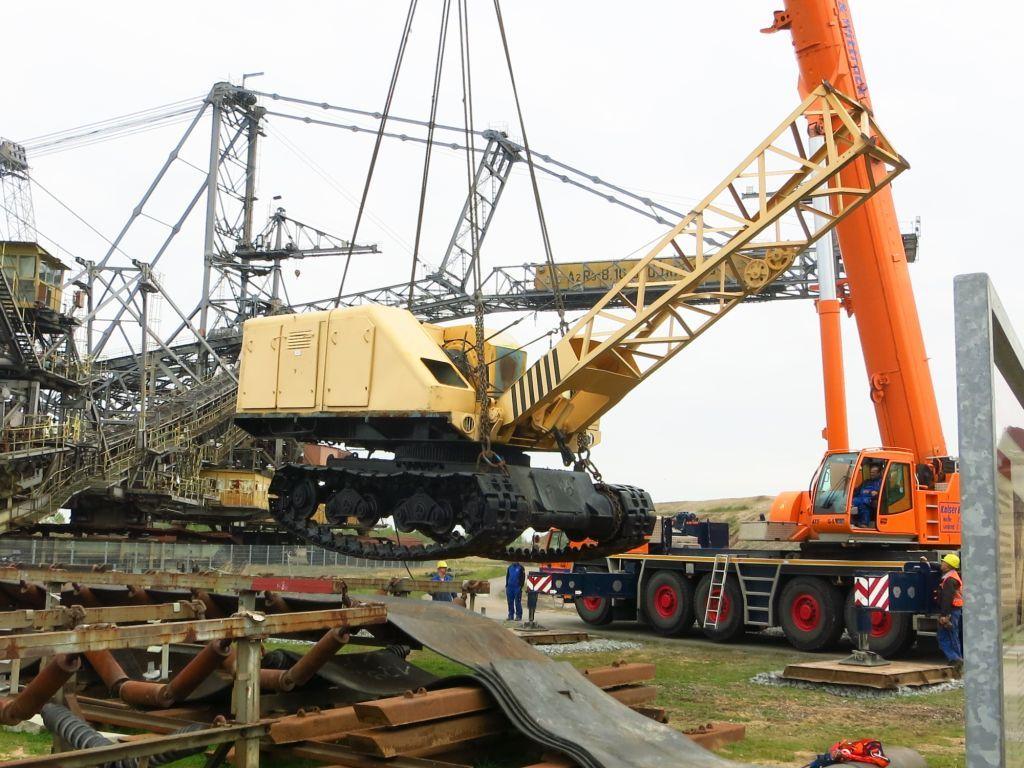 Einweihung des UB 162 und offizielle Übergabe des Absetzers 1115 von der MIBRAG an den Bergbau-Technik-Park mit 5 öffentlichen Befahrungen