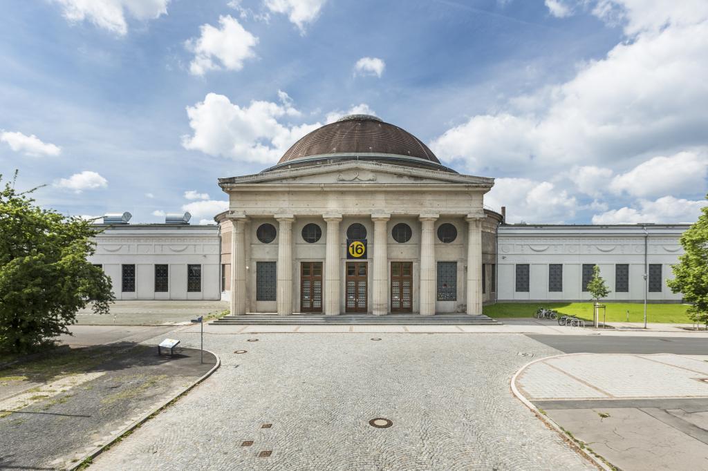 Führungen über das Gelände der Alten Messe und Besuch ausgewählter Messebauten – 13.08., 14 Uhr