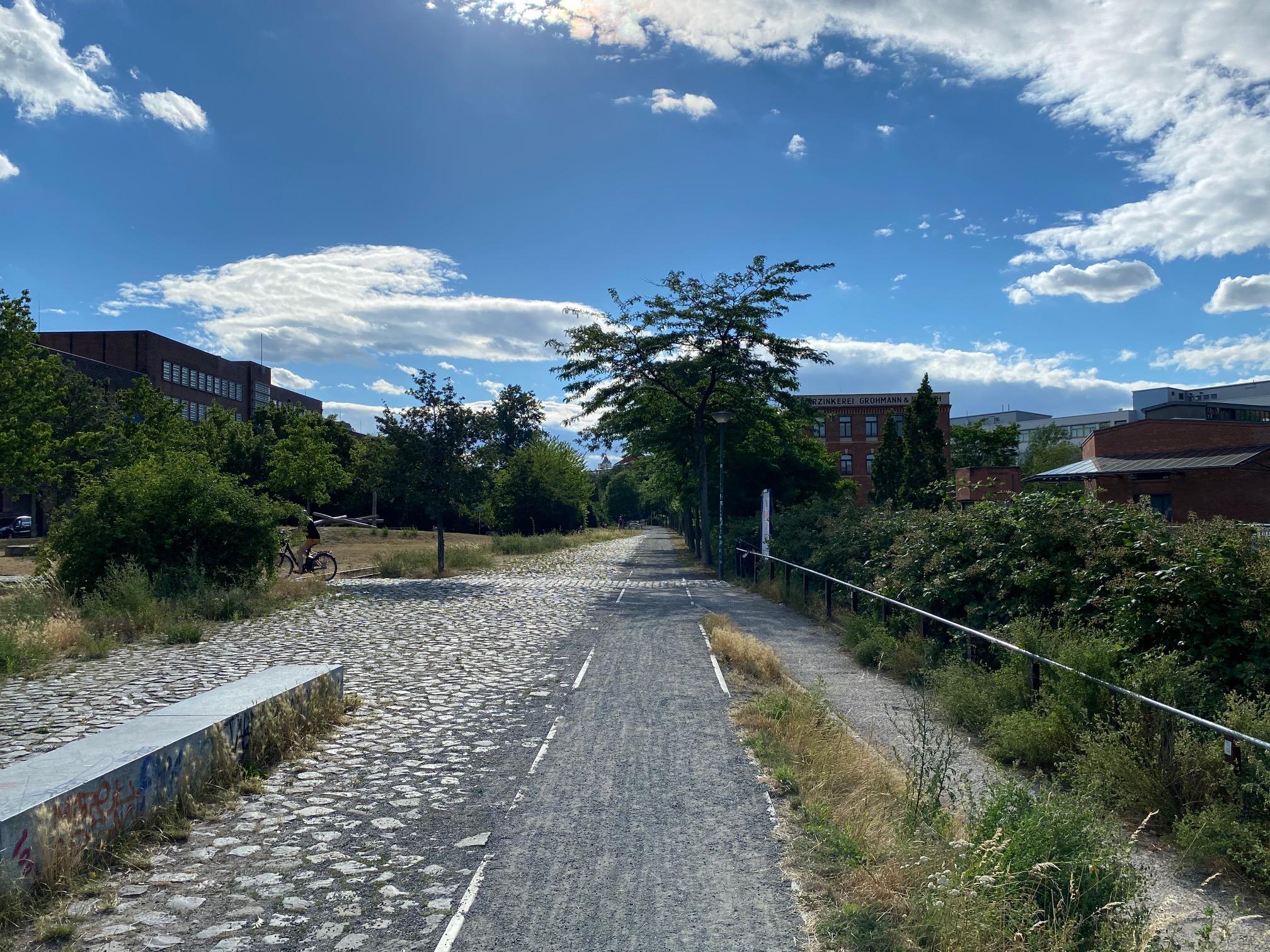 Geführter Rundgang über das historische Plagwitzer Bahnhofsgelände